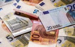 Euro/Tl güne 8,17 lira seviyesinde başladı.
